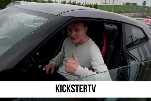 Jeden z najbardziej kontrowersyjnych youtuberów na Polskim Youtube. Szczypta wyrafinowanego humoru zawsze pobudza do życia hejterów.