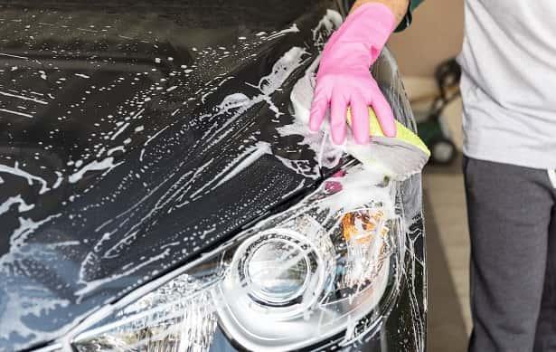mycie-reczne-samochodu