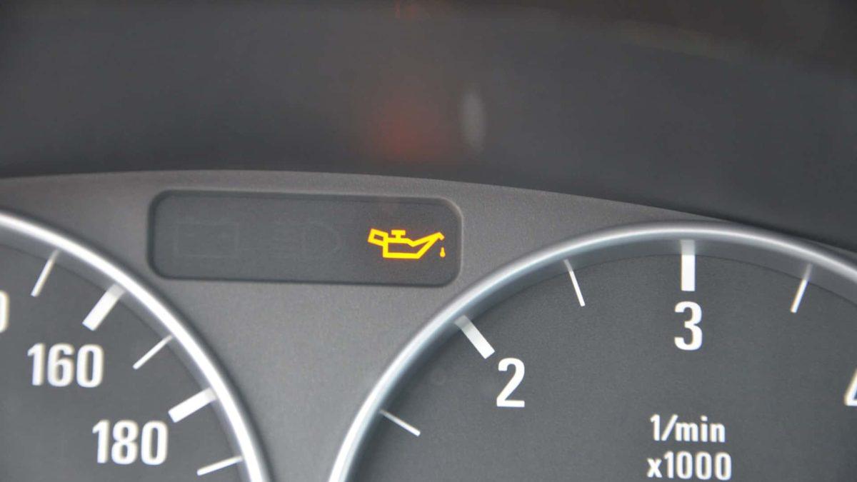 Jak dobrać olej silnikowy? Poradnik.